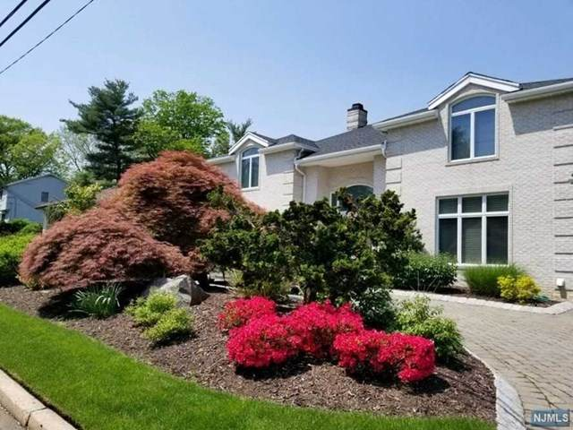 32 Laurie Drive, Englewood Cliffs, NJ 07632 (MLS #21007555) :: The Sikora Group