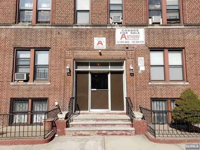 117 Corbin Avenue - Photo 1