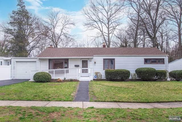 290 Oak Avenue, River Edge, NJ 07661 (MLS #21011792) :: Provident Legacy Real Estate Services, LLC