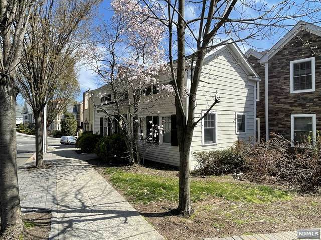788 Kinderkamack Road, River Edge, NJ 07661 (#21012243) :: NJJoe Group at Keller Williams Park Views Realty