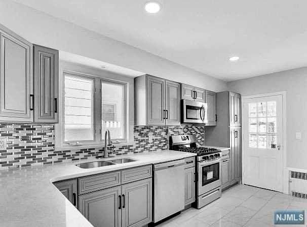 549 Anderson Avenue, Wood Ridge, NJ 07075 (#21012631) :: NJJoe Group at Keller Williams Park Views Realty