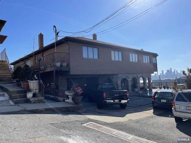 114 Pine Street - Photo 1