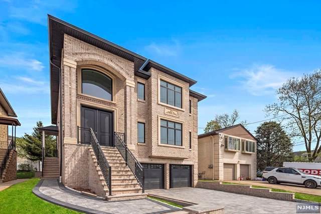 360 Abbott Avenue - Photo 1