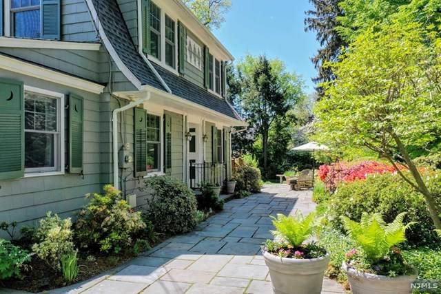 374 Evergreen Place, Ridgewood, NJ 07450 (MLS #21017379) :: RE/MAX RoNIN