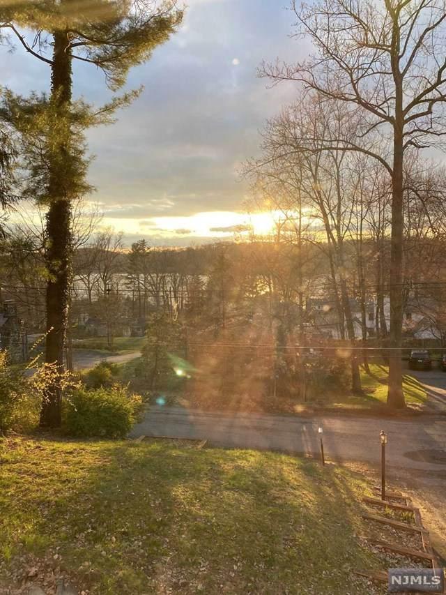 8 Log Cabin Terrace, Sparta, NJ 07871 (MLS #21017689) :: Kiliszek Real Estate Experts