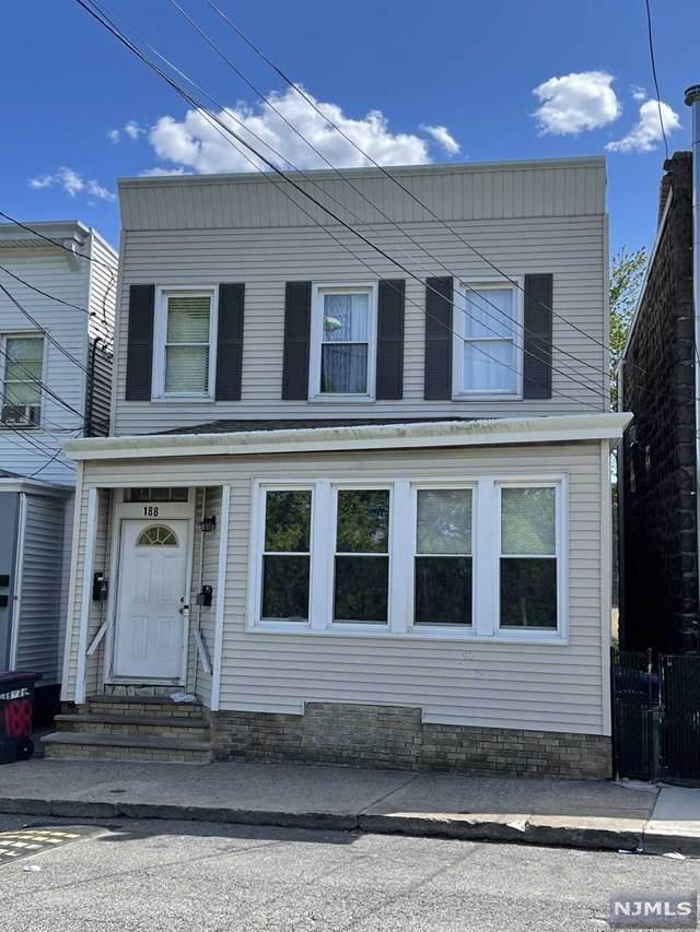 188 Jersey Avenue, Cliffside Park, NJ 07010 (MLS #21018238) :: Kiliszek Real Estate Experts