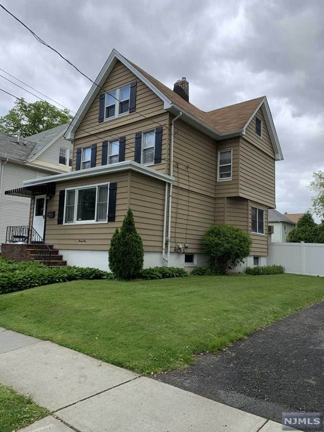 92 Washington Avenue, Rutherford, NJ 07070 (MLS #21018349) :: Kiliszek Real Estate Experts