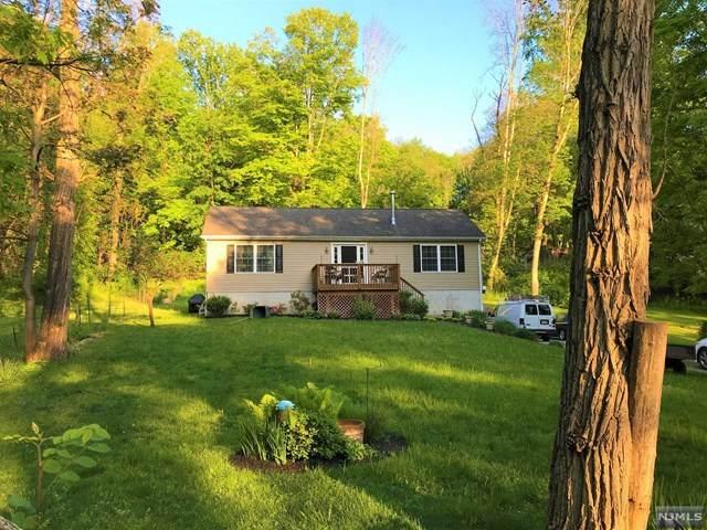 5 Maple Drive, LIBERTY, NJ 07823 (#21019331) :: United Real Estate