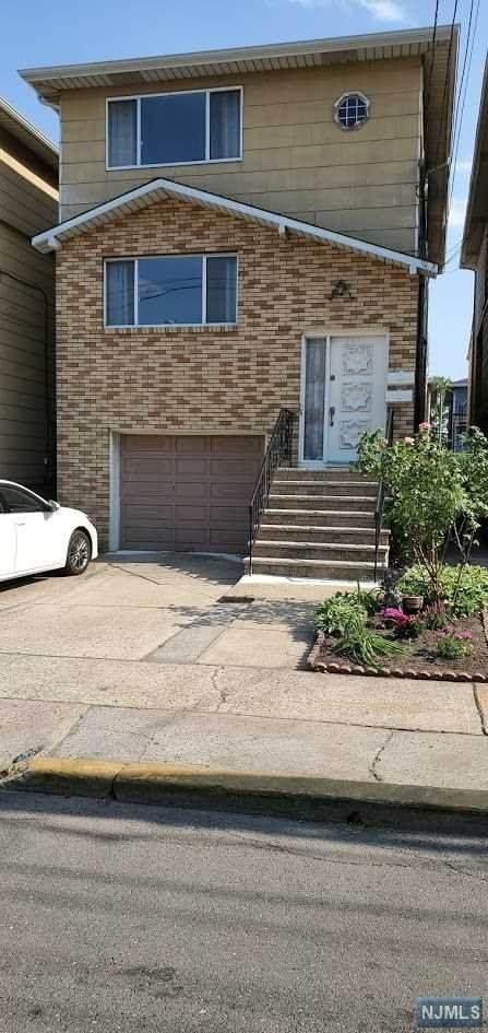 607 Sussex Street, Harrison, NJ 07029 (MLS #21020970) :: Pina Nazario