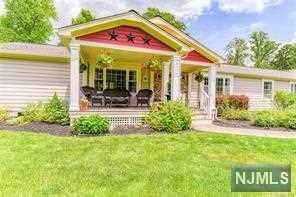 202 Pine Island Turnpike, WARWICK, NJ 10990 (#21021393) :: United Real Estate