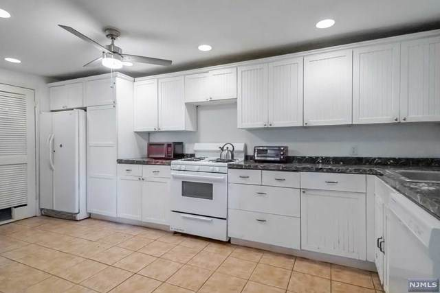 416 Washington Terrace, Leonia, NJ 07605 (MLS #21021873) :: Provident Legacy Real Estate Services, LLC
