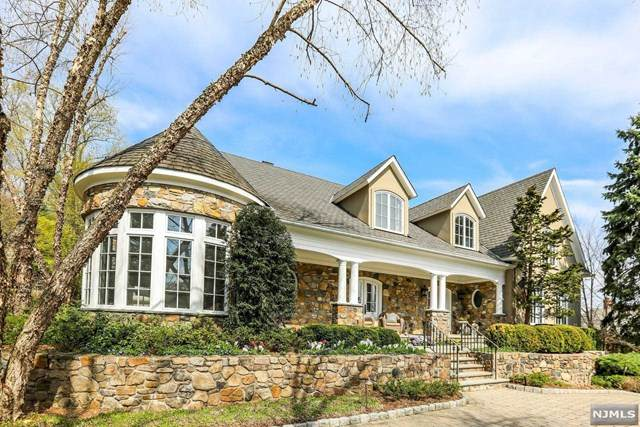 746 Wooded Trail, Franklin Lakes, NJ 07417 (#21023313) :: United Real Estate