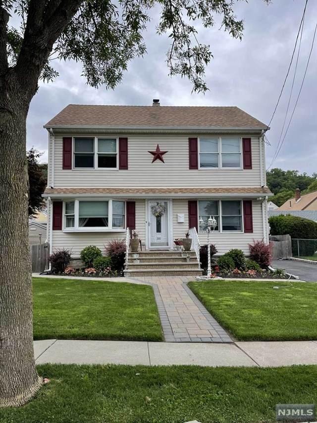 380 Maplewood Avenue, Clifton, NJ 07013 (MLS #21023460) :: Pina Nazario