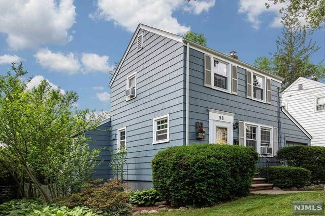 98 Manhattan Avenue, Waldwick, NJ 07463 (#21023489) :: United Real Estate