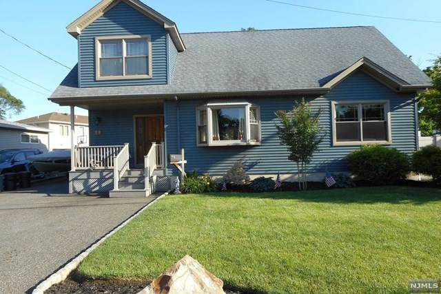 77 Fournier Crescent, Elmwood Park, NJ 07407 (#21023509) :: United Real Estate