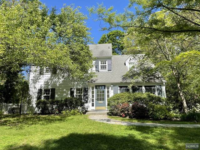 286 Midvale Street, Ridgewood, NJ 07450 (MLS #21024020) :: Corcoran Baer & McIntosh