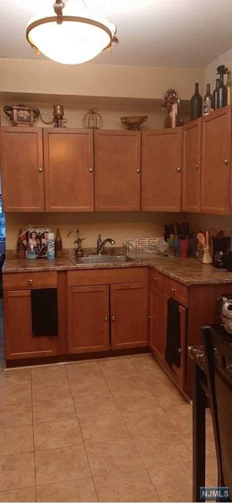 72 Van Winkle Avenue, Garfield, NJ 07026 (MLS #21024279) :: The Dekanski Home Selling Team