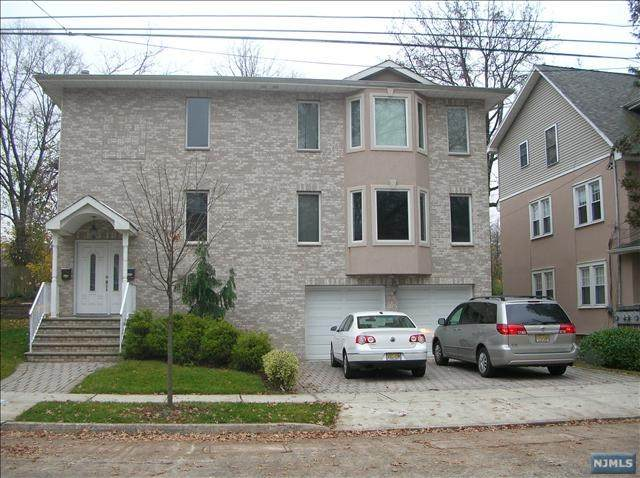 116 Abbott Avenue, Palisades Park, NJ 07650 (MLS #21025158) :: Team Francesco/Christie's International Real Estate