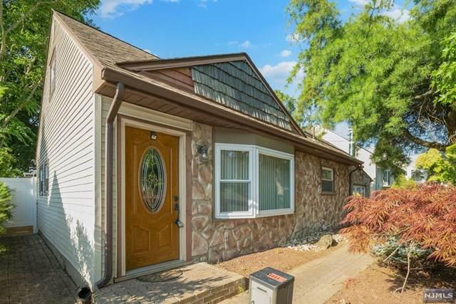 36 Kendall Drive, Sayreville, NJ 08859 (MLS #21026229) :: Kiliszek Real Estate Experts