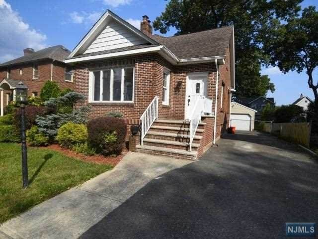 692 Garden Street, Maywood, NJ 07607 (#21027355) :: NJJoe Group at Keller Williams Park Views Realty