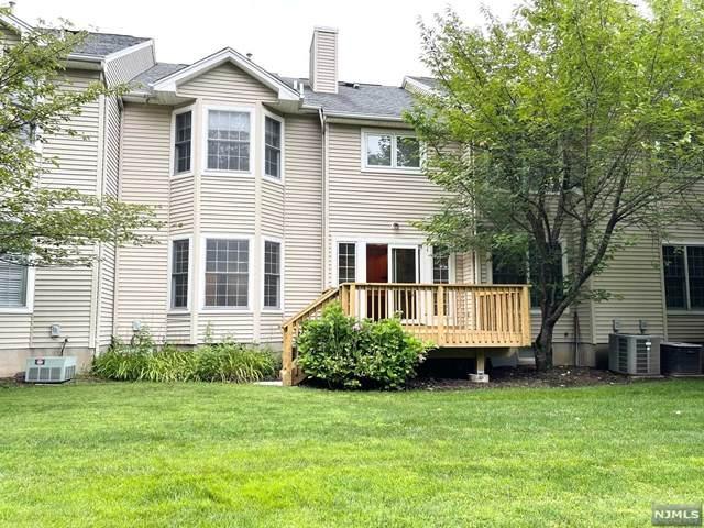9 Ebersbach Lane, Roseland, NJ 07068 (MLS #21027834) :: Corcoran Baer & McIntosh
