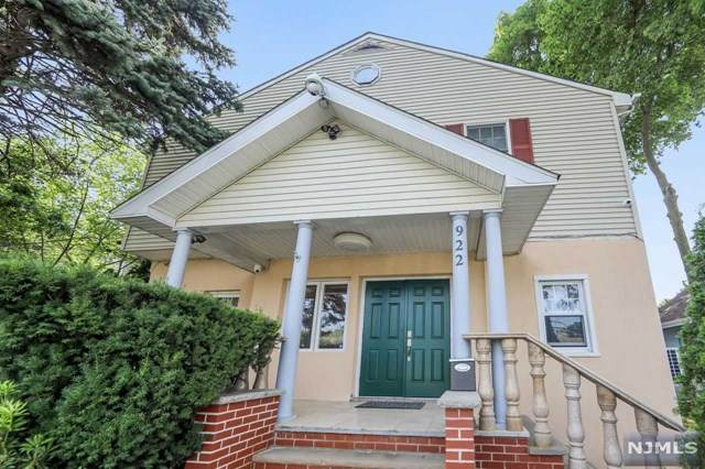 922 Poplar Avenue, River Edge, NJ 07661 (MLS #21029601) :: Team Braconi | Christie's International Real Estate | Northern New Jersey