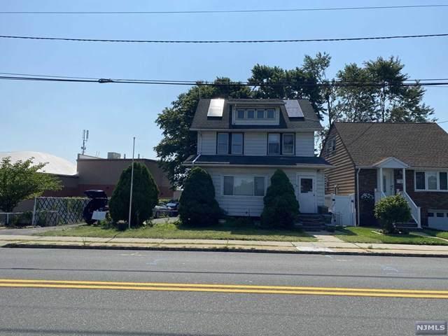 152 Schuyler Avenue - Photo 1