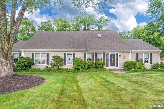84 W Parkway, Pequannock Township, NJ 07444 (MLS #21030179) :: Kiliszek Real Estate Experts