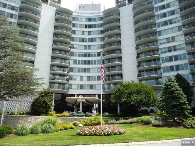 1 Claridge Drive #111, Verona, NJ 07044 (MLS #21030203) :: RE/MAX RoNIN