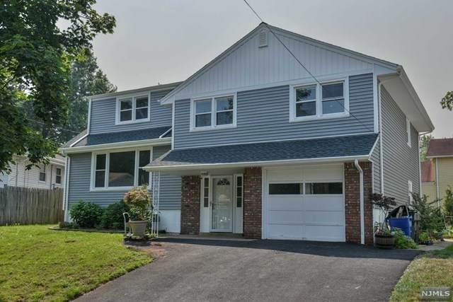 33 Moos Lane, Bergenfield, NJ 07621 (MLS #21030457) :: Howard Hanna Rand Realty
