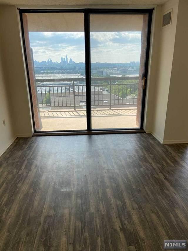 1011 Harmon Cove Tower, Secaucus, NJ 07094 (MLS #21030934) :: Kiliszek Real Estate Experts