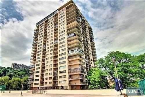 1203 River Road 6H, Edgewater, NJ 07020 (#21031406) :: United Real Estate