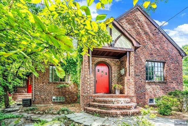 200 Brookside Avenue, Allendale, NJ 07401 (MLS #21031853) :: Team Braconi | Christie's International Real Estate | Northern New Jersey