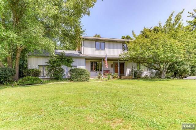 5 Julia Court, Tinton Falls, NJ 07712 (MLS #21033470) :: Team Braconi   Christie's International Real Estate   Northern New Jersey