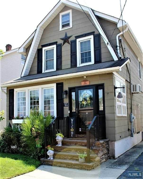 412 Rutherford Avenue, Lyndhurst, NJ 07071 (#21034924) :: United Real Estate