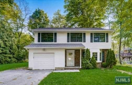 6 Hamilton Drive, West Milford, NJ 07421 (MLS #21035174) :: Team Braconi | Christie's International Real Estate | Northern New Jersey