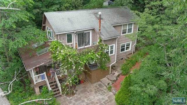 394 Lakeview Avenue - Photo 1
