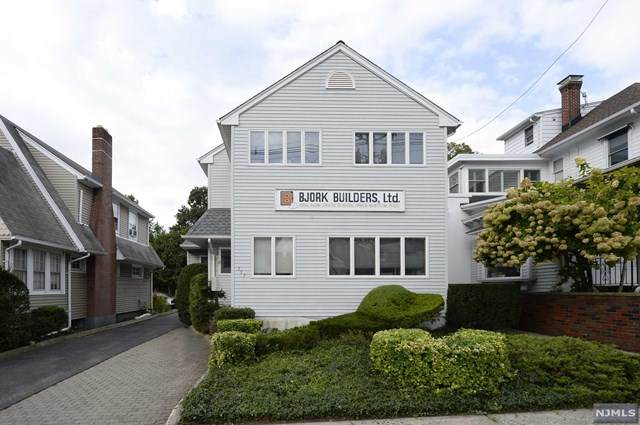157 Godwin Avenue, Midland Park, NJ 07432 (MLS #21037482) :: The Dekanski Home Selling Team