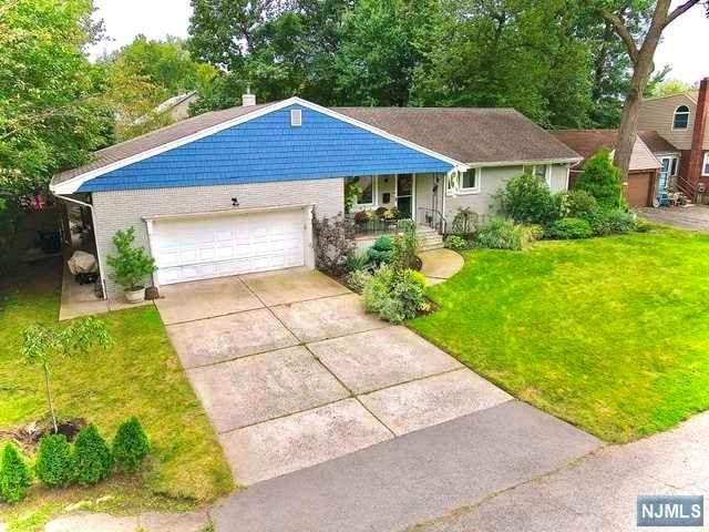 47 Druid Avenue, Dumont, NJ 07628 (#21037950) :: United Real Estate