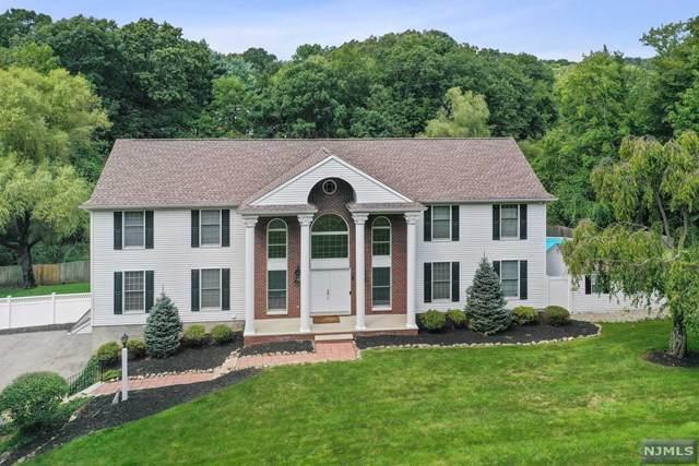 2 Wood Chase Lane, Kinnelon Borough, NJ 07405 (#21038632) :: United Real Estate