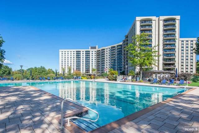 2 Claridge Drive 12HW, Verona, NJ 07044 (MLS #21039611) :: Kiliszek Real Estate Experts