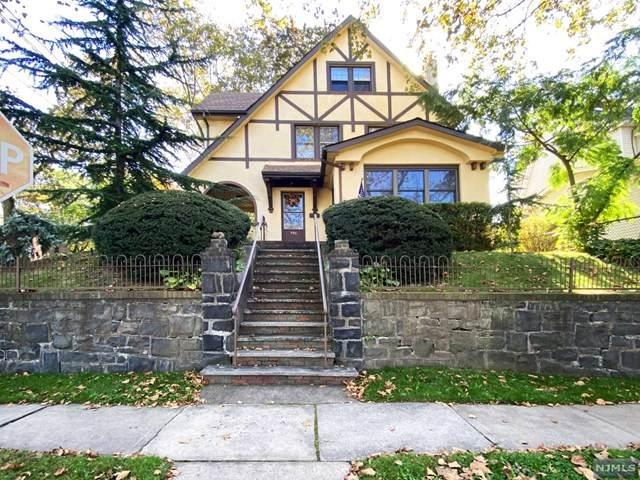 596 Hillside Street, Ridgefield, NJ 07657 (MLS #21041159) :: Corcoran Baer & McIntosh