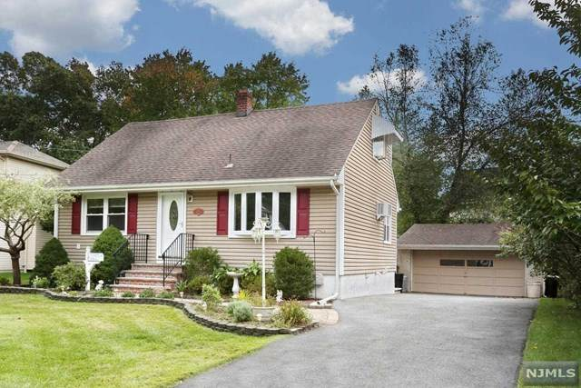 679 Ellington Road, Ridgewood, NJ 07450 (#21041204) :: NJJoe Group at Keller Williams Park Views Realty