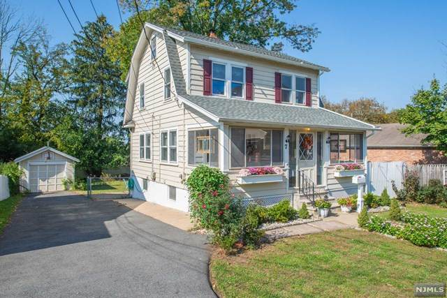 7 Lane Avenue, West Caldwell, NJ 07006 (#21041514) :: NJJoe Group at Keller Williams Park Views Realty