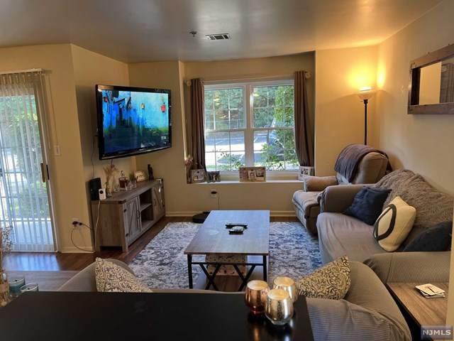 149 Cambridge Court, Clifton, NJ 07014 (MLS #21042271) :: Kiliszek Real Estate Experts