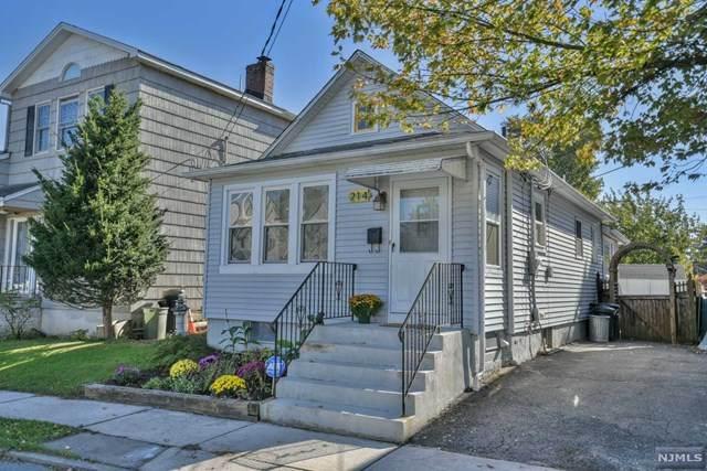 214 Willow Avenue, Pompton Lakes, NJ 07442 (MLS #21042316) :: Kiliszek Real Estate Experts