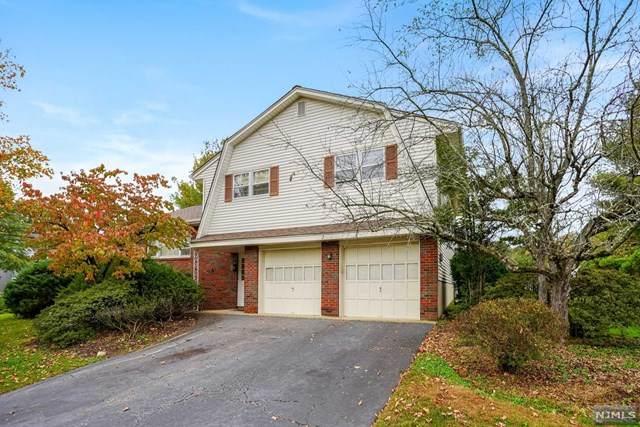2 Barker Court, Park Ridge, NJ 07656 (MLS #21042370) :: Kiliszek Real Estate Experts