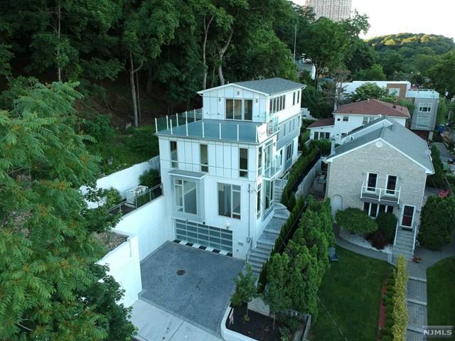 30 Palisade Terrace, Edgewater, NJ 07020 (MLS #1825767) :: William Raveis Baer & McIntosh