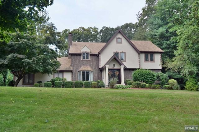 2 Watch Hill Road, Mahwah, NJ 07430 (#1838847) :: RE/MAX Properties