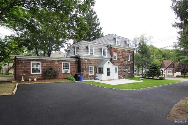 100 Browertown Road, Little Falls, NJ 07424 (#1844183) :: RE/MAX Properties